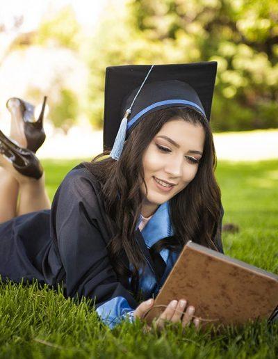 üniversite mezuniyet fotoğraf dış çekim mezuniyet fotoğrafçısı -   niversite mezuniyet foto  raf d       ekim 400x516 - Mezuniyet Fotoğrafçısı | Mezuniyet Fotoğraf Çekimi İstanbul ve Fiyatları