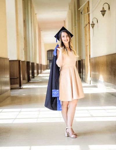 mezuniyet dış çekim fotoğrafları_0010 mezuniyet fotoğrafçısı - mezuniyet d       ekim foto  raflar   0010 400x516 - Mezuniyet Fotoğrafçısı | Mezuniyet Fotoğraf Çekimi İstanbul ve Fiyatları