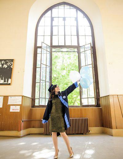 mezuniyet dış çekim fotoğrafları_0017 mezuniyet fotoğrafçısı - mezuniyet d       ekim foto  raflar   0017 400x516 - Mezuniyet Fotoğrafçısı | Mezuniyet Fotoğraf Çekimi İstanbul ve Fiyatları