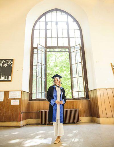 mezuniyet dış çekim fotoğrafları_0018 mezuniyet fotoğrafçısı - mezuniyet d       ekim foto  raflar   0018 400x516 - Mezuniyet Fotoğrafçısı | Mezuniyet Fotoğraf Çekimi İstanbul ve Fiyatları